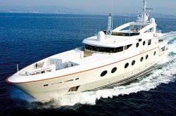 multiple yacht.thumbnail 250x165 - Luxusyacht Multiple für 19 Millionen Euro