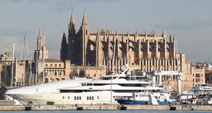 Palma de Mallorca Kathedrale 310x165 - Yachtcharter: Mallorca fernab von Massentourismus erleben